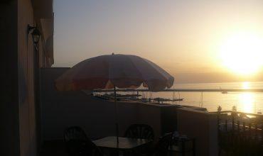 COD. 30 – Gallipoli – Centro Città – Attico Con Terrazzo Panoramico Sul Mare